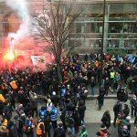 « Le nombre est là, mais il manque cruellement la radicalité » : le point de vue d'une cheminote et gilet jaune sur le mouvement